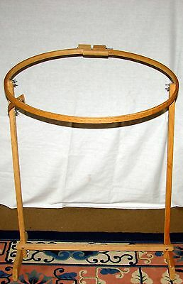 """Vtg Large Oval Wooden Embroidery Hoop Quilt Frame Floor Stand 18"""" X 27"""" X 31"""""""