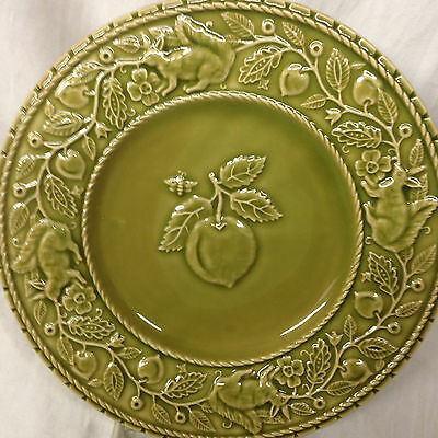 "Bordallo Pinheiro Bpi65 Salad Plate 8 1/8"" Embossed Green Cherry Squirrel"