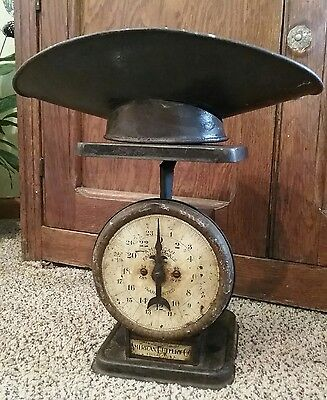 VTG 1898 FARMHOUSE FAMILY KITCHEN SCALE w/SCOOP American Cutlery Co. Chicago USA