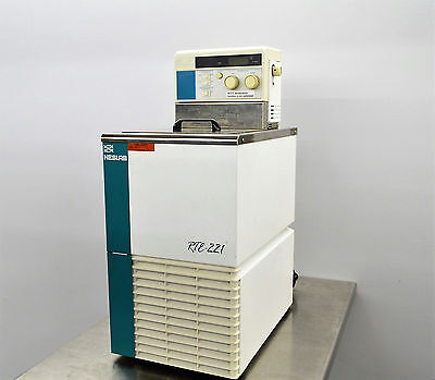 NesLab RTE 221 Chiller Recirculating Heat Bath Cryo Lab Cooling Refrigerated
