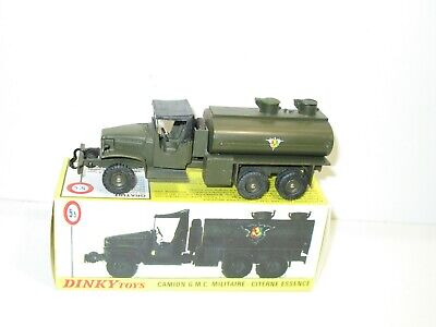 VEHICULE MILITAIRE DINKY TOYS  ACCESSOIRES CAMION GMC