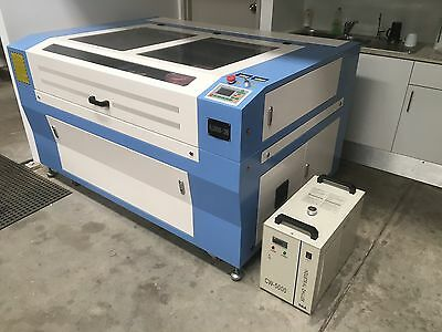 1300mm x 900mm Co2 100W USB Laser Engraving and Cutting Machine.