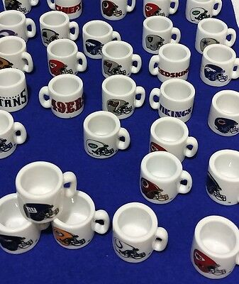 30 x NFL MUGS COLLECTIBLE CERAMIC VINTAGE ASSORTED