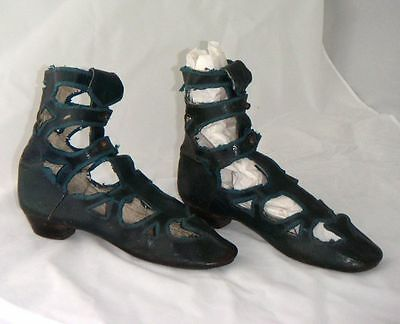 RARE PAIR VICTORIAN BARRETTE BOOTS, Collectors, period costume, footwear
