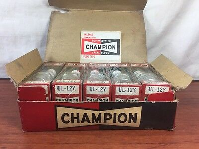 Vintage NOS Box Of Antique Automobile Old Motorcycle Champion UL-12Y Spark Plugs