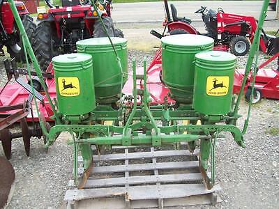 John Deere 246 - 247 3-Point Hitch 2-Row Corn Planter ; Real Good Condition