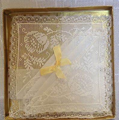Vintage ladies handkerchiefs white lace edged boxed unused pretty