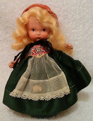 """Vintage Nancy Ann Storybook #40 """"Norweign"""" from The Around The World Series"""