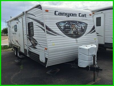 2014 Polamino Canyon Cat Camper 27 Ft Travel Trailer