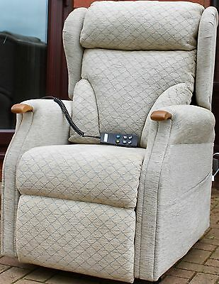 Comfort Plus Luxury Electric Riser Rise Recliner Dual Motor Chair Grey Chenille