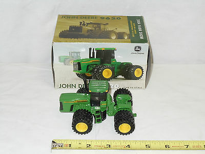 John Deere 9620  4WD  2004 Farm Show   By Ertl    1/64th Scale