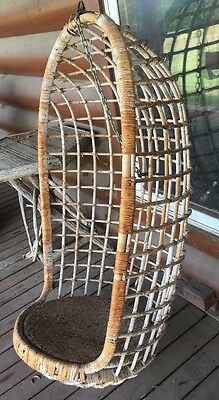 Vintage Rattan/Wicker Mid-Century Egg Swing Chair
