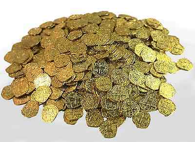 Pirate Treasure Coins - 500 Metal Gold Colored Doubloon Props