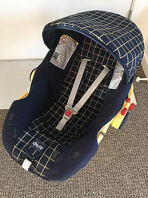 Chicco Baby Capsule