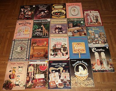 "CRAFT ""PAINTING"" BOOKS - Lot of 19 - Great Assortment of Craft Painting!!"