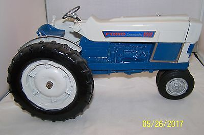 1/12 Hubley Die Cast Ford 6000 Commander Vintage Toy Tractor Used No Box