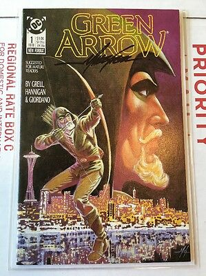 1988 Green Arrow #1 NM+ Signed Mike Grell 1st Ongoing Series