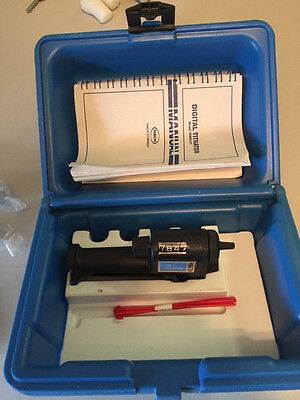 Hach Digital Titrator with Case, Manual