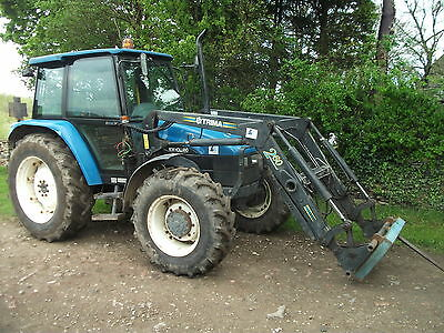 Newholland 6635 4WD Tractor Loader