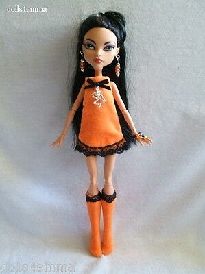 Monster High Doll Goth clothes DRESS + BOOTS +  JEWELRY Gothic NO DOLL d4e