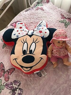 Minnie mouse Pillow + little Doll