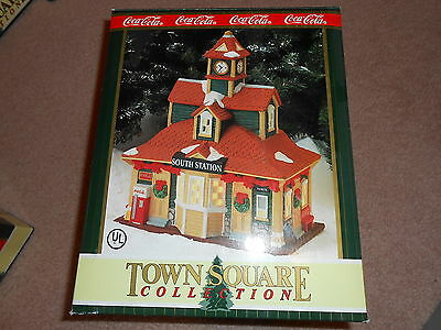1996 Coca Cola Town Square Collection South Station W/ Box & Papers Retired