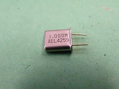 1MHz = 1000KHz HC33U (HC6U See Text) Quartz Crystal Oscillator Use CC12