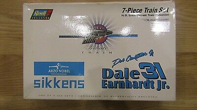 1:64 Scale Revell Sikkens 7-Piece Die cast Train Set