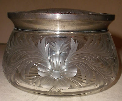 Antique Meriden Britannia sterling silver large crystal powder box jar 461
