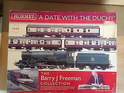 Hornby R2986 A Date with the Duchy Train Set