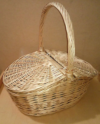 Twin flap traditional wicker Blue Fabric lined Picnic basket 54 x 34 x 50 cm .