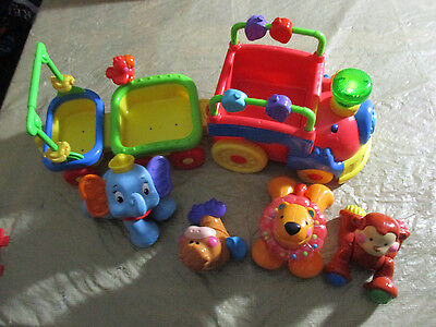 Fisher-Price Amazing Animals Sing and Go Choo Choo Train Includes 4 Animals