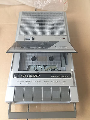 SHARP RD-640E Portable-Cassette-Recorder / Player Vintage Retro
