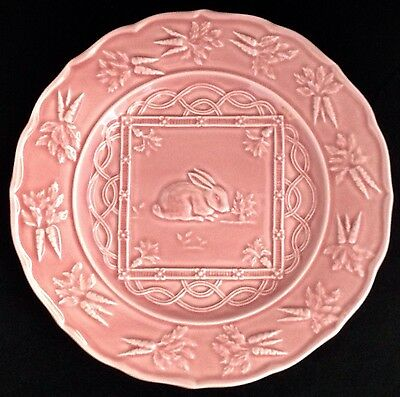 "Bordallo Pinheiro PINK RABBIT 9"" Dinner Plate - Portugal"