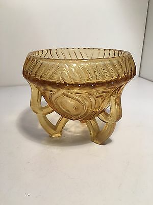 VINTAGE AMBER Frosted GLASS TRI FOOTED CANDY DISH BOWL