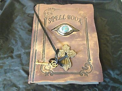 WITCH SPELL BOOK Grimoire ANIMATED SHAKING EVIL EYE LIGHTS UP Haunted  PROP