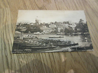 Postcard Berkshire  Windsor Castle Posted 1918