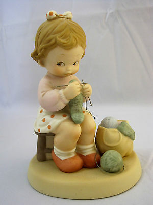 Enesco Figurine Knitting You A Warm Cozy Winter Memories of Yesterday 1989