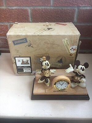 Walt Disney World Official Mickey & Minnie Mouse Mantle / Desk Clock Figurines