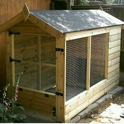 7.5 ft x 3.5 ft dog kennel and run tanalised timber