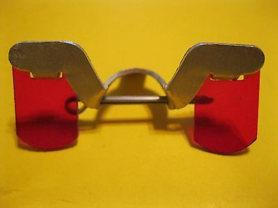 VINTAGE 1940's CHICKEN POULTRY RED GLASSES & PIN ANTI-PIX NATIONAL BAND & TAG CO
