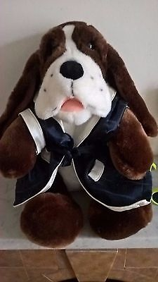 """Bear Factory Dog Bloodhound 13"""" With Jacket"""