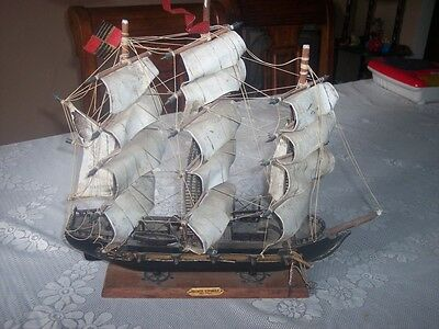 "Vintage Wooden Model Ship  FRAGATA ESPANOLA ANO 1780  16""x15"""