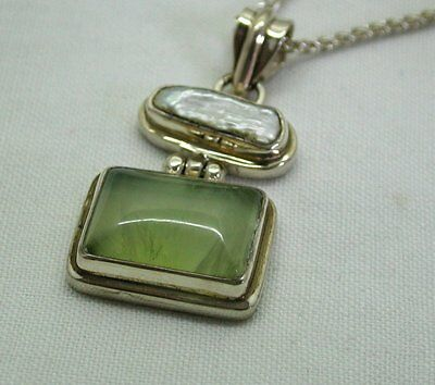 Vintage Very Nice Silver Agate And Pearl Coloured Stone Pendant And Chain