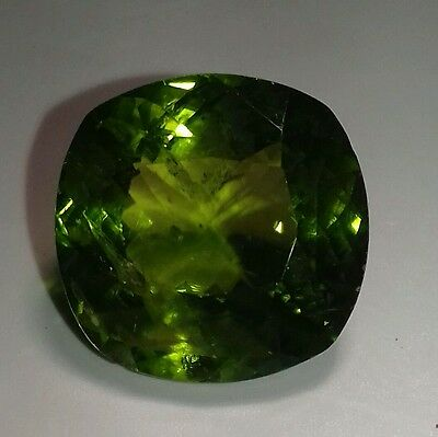 100% Natural, VVS, 12.25 crt Peridot frm Pakistan, top colour, top cutting.