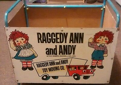 Raggedy Ann and Andy vintage Toy chest
