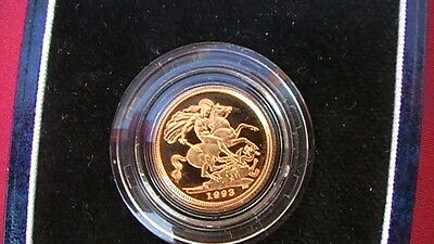 1993 22ct GOLD  PROOF 1/2  SOVEREIGN COIN  IN ORIGINAL BOX
