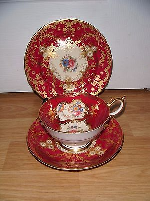 Exquisite Aynsley Paramount Trio Teacup Saucer & Plate ~ Heavy Gilt ~ Excellent
