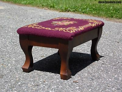 Vintage Floral Needlepoint Cricket Foot Stool Ottoman Queen Anne style Cabriole