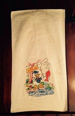Child's Towel Donald Duck Motif Light Weight Cotton